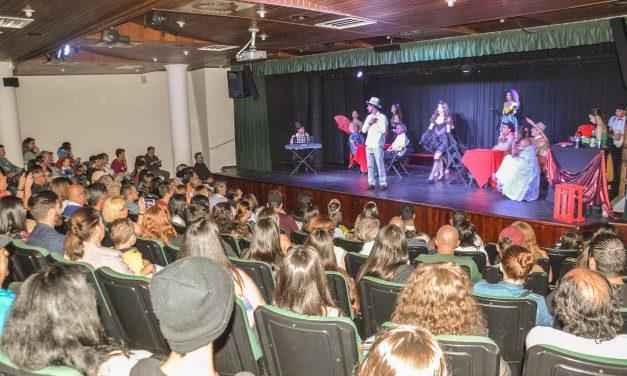 Festival de Teatro de Pinhais inicia com inscritos de diferentes lugares do Brasil