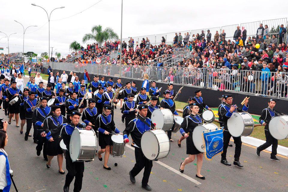 Desfile Pinhais