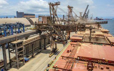 Portos do Paraná registram aumento de 21% na movimentação